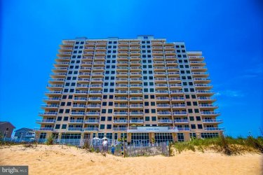 2 48TH ST #305 GATEWAY GRAND